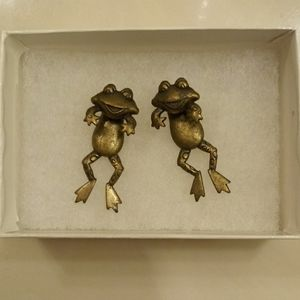 2-Piece Frog Earrings